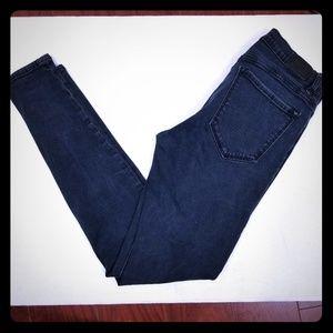 BDG blue dark wash skinny jeans